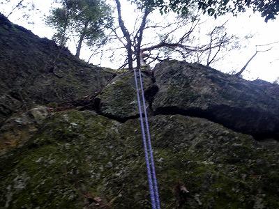ここは7-8mの懸垂