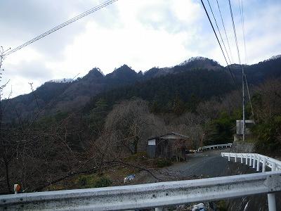 室久保から眺める金岳