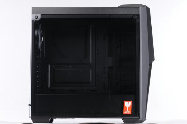 MasterBox_MB500_05.jpg