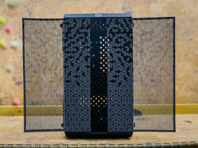 MasterBox_Q300L_08.jpg