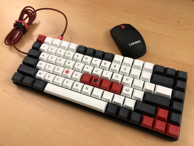 Mechanical_Keyboard115_98.jpg
