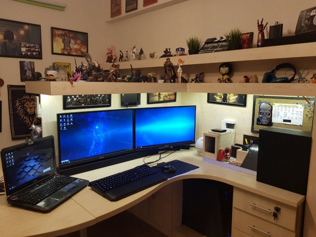 PC_Desk_MultiDisplay110_100.jpg