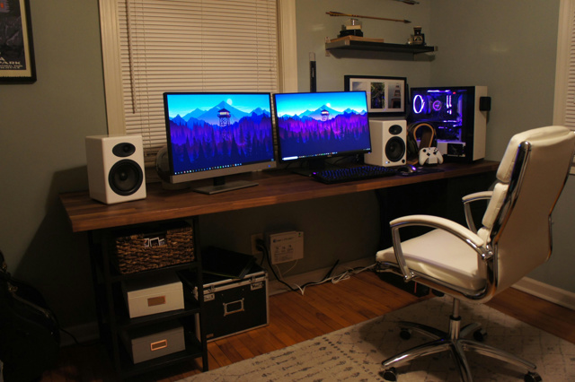 PC_Desk_MultiDisplay111_31.jpg
