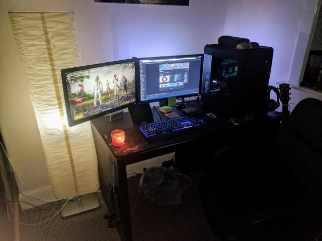 PC_Desk_MultiDisplay111_50.jpg