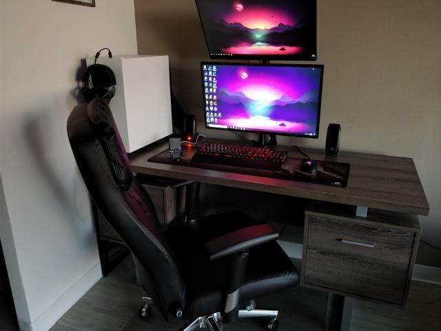 PC_Desk_MultiDisplay111_59.jpg