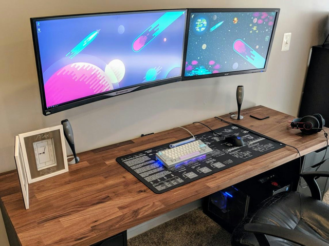 PC_Desk_MultiDisplay113_15.jpg