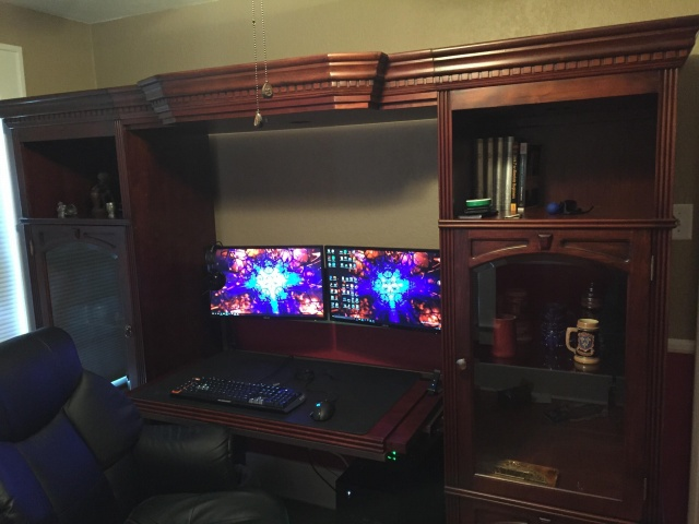 PC_Desk_MultiDisplay113_33.jpg