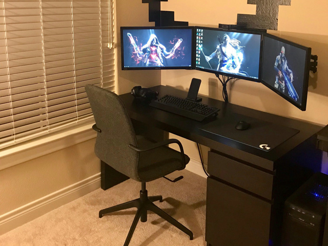 PC_Desk_MultiDisplay113_58.jpg