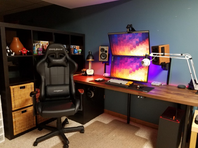PC_Desk_MultiDisplay113_68.jpg