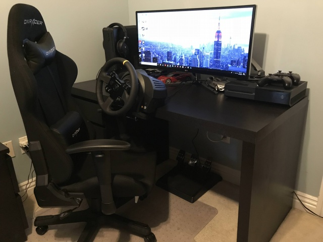PC_Desk_UltlaWideMonitor27_04.jpg