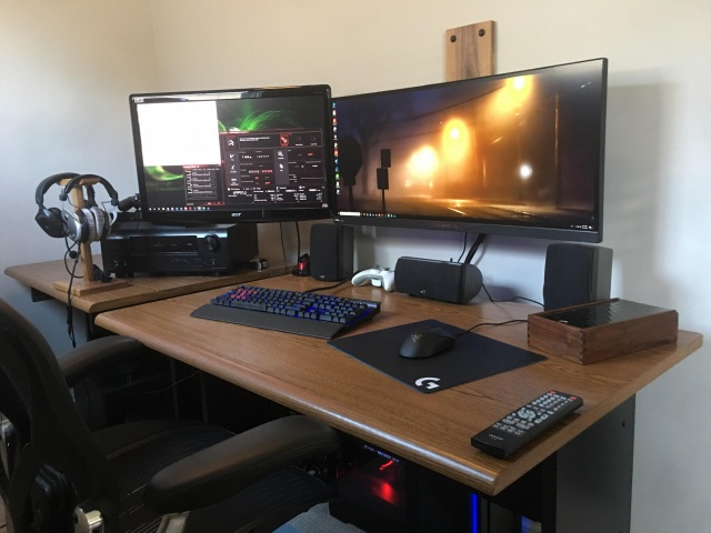 PC_Desk_UltlaWideMonitor27_64.jpg