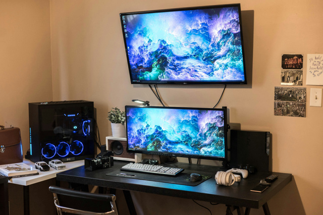 PC_Desk_UltlaWideMonitor27_72.jpg