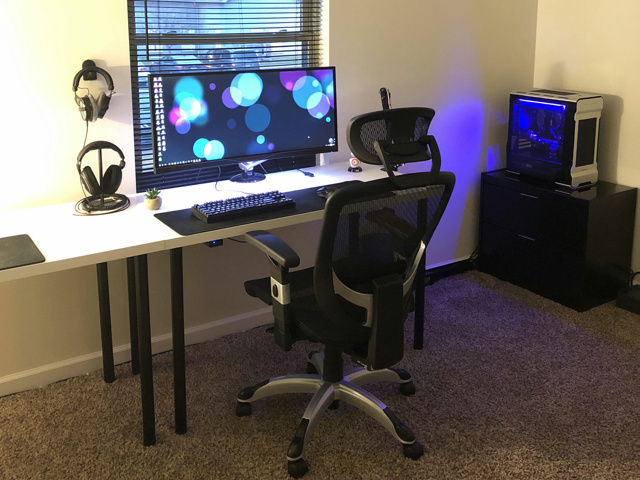 PC_Desk_UltlaWideMonitor27_77.jpg