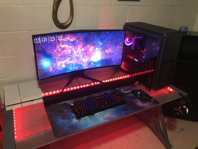 PC_Desk_UltlaWideMonitor28_45.jpg