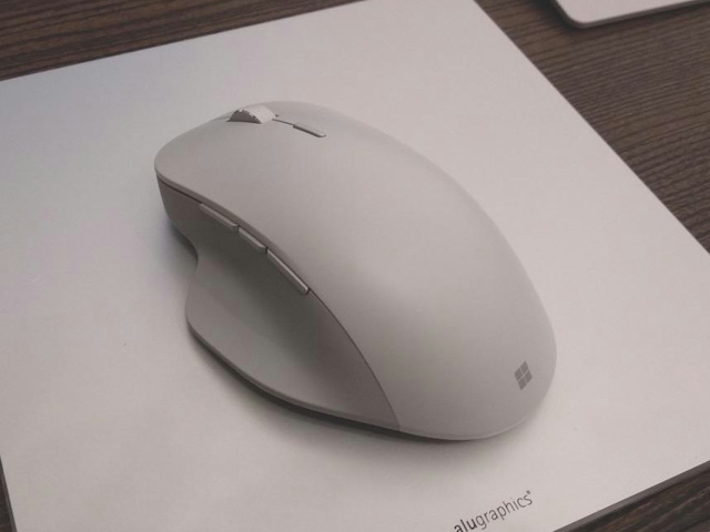 Surface_Precision_Mouse_07.jpg