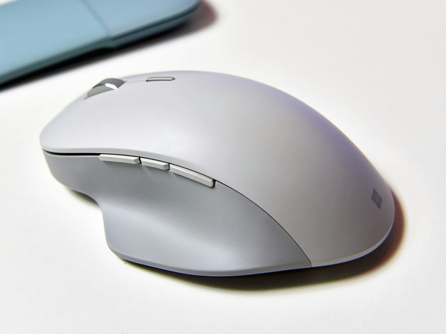 Surface_Precision_Mouse_08.jpg
