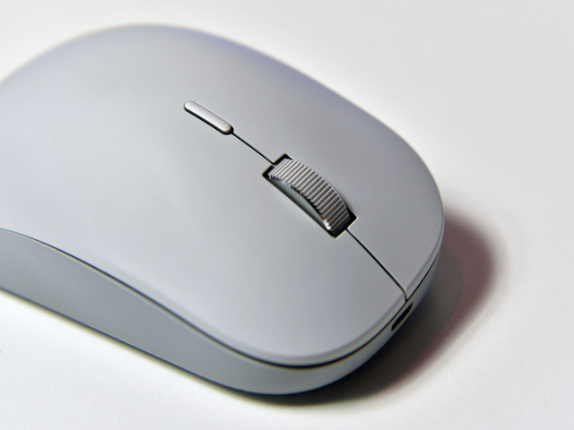 Surface_Precision_Mouse_12.jpg
