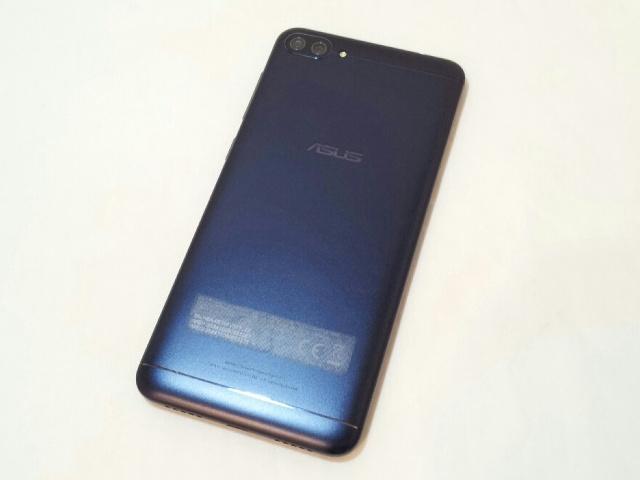 ZenFone4_Max_03.jpg