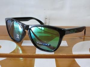 Oakley18Frogskins1