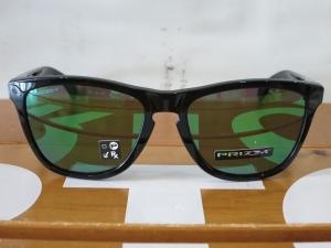 Oakley18Frogskins2