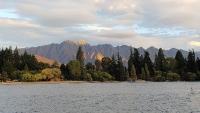 夕日のワカティプ湖