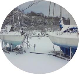 ⑨雪の中のヨット②