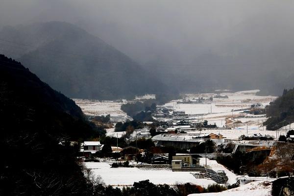 郊外 雪風景