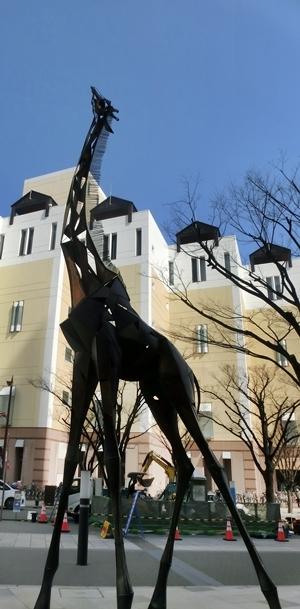 キリン像3