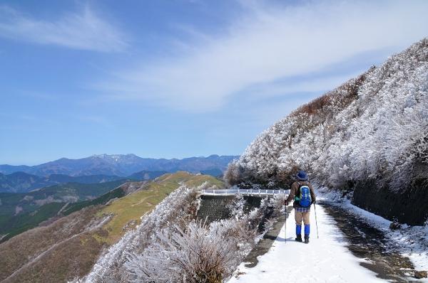 16中津明神山180323