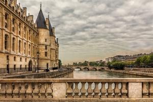 paris-3201073_960_720.jpg