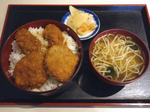 かきフライヒレカツ丼