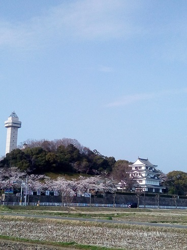 siroyamakoen20180327.jpg