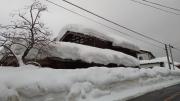 IMG_20180212_空き家屋根積雪
