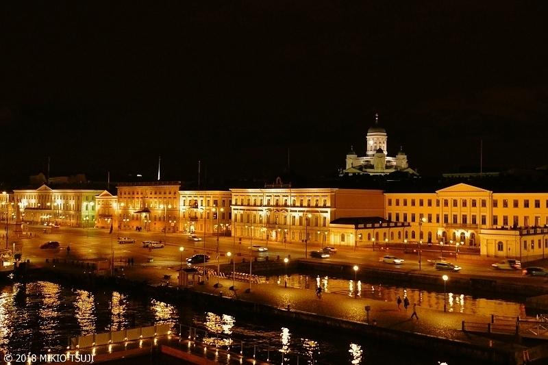 絶景探しの旅 - 0520 夜の港町に浮かび上がる大聖堂 ( フィンランド ヘルシンキ)