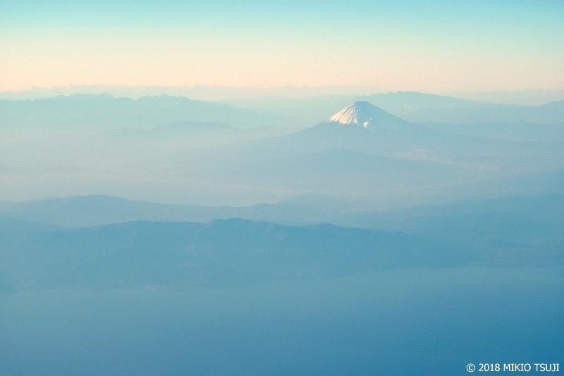 絶景探しの旅 - 0522 夕霞の富士山 (静岡県 伊豆半島沖)