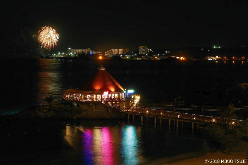 絶景探しの旅 - 0525 夜のビーチと花火 (沖縄県 恩納村)